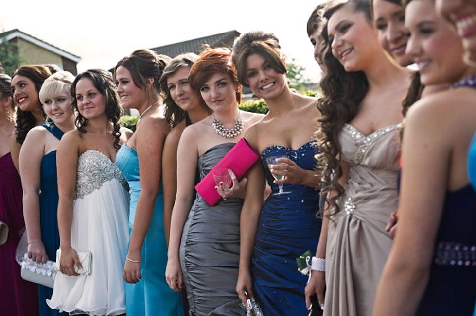 Rockford School Releases 21-Page Prom Dress Code