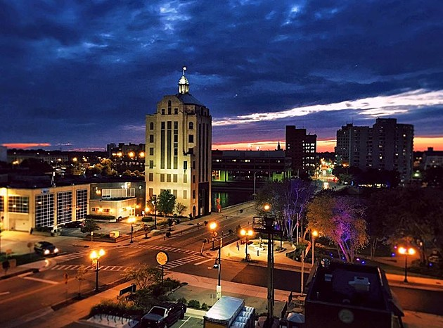 Don't Miss This Rockford Rooftop Party During 'Stroll on State'